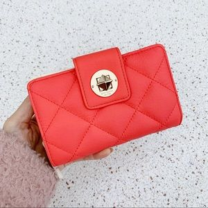 NWT Kate Spade Quilted Leather Turn-lock Md Wallet